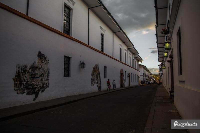Por las calles de Popayán.