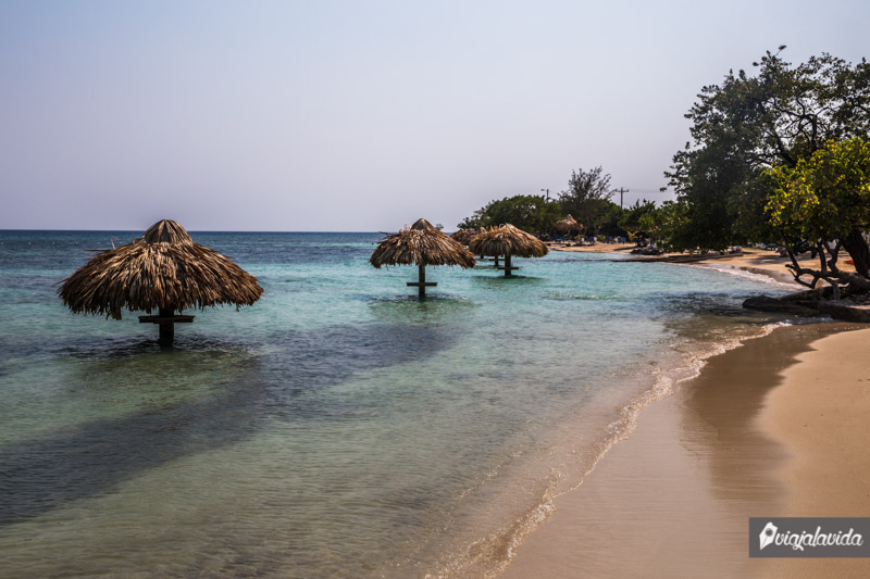 Playa Pública en Útila.