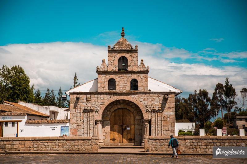 Iglesia de Balbanera, carretera a Riobamba.