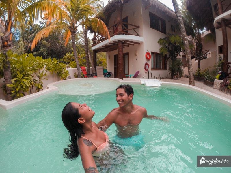 Piscina del Hotel Casa Iguana.