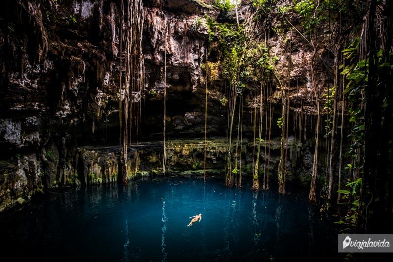 Cenotes en México.