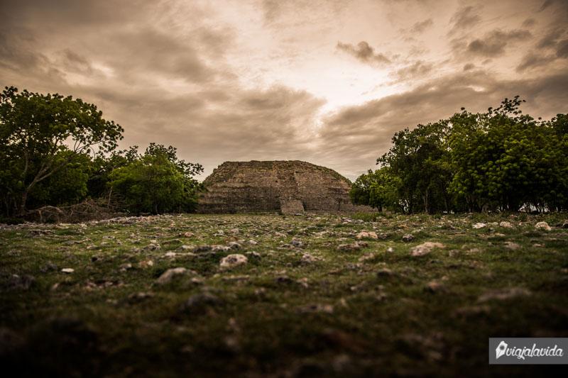 Pirámide Kinich Kakmó, Izamal.