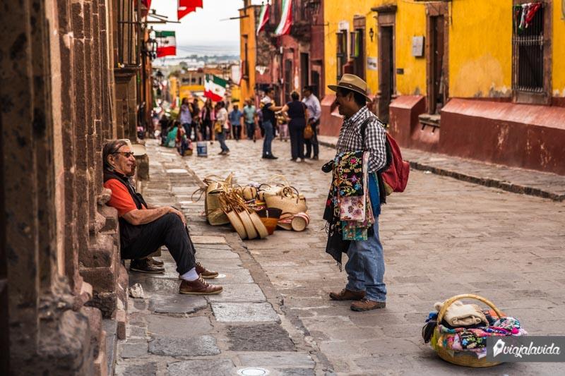 Vendedores ambulantes en San Miguel de Allende