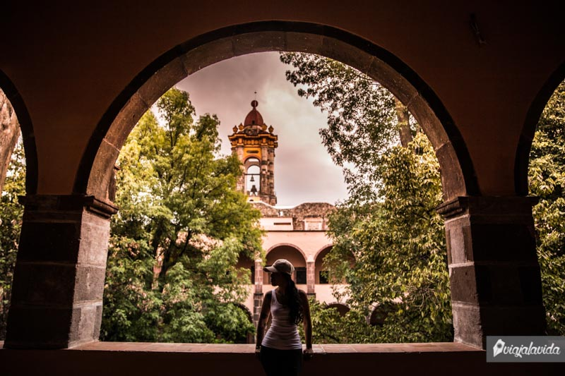 Dentro del Centro Cultural Ignacio Ramírez, México