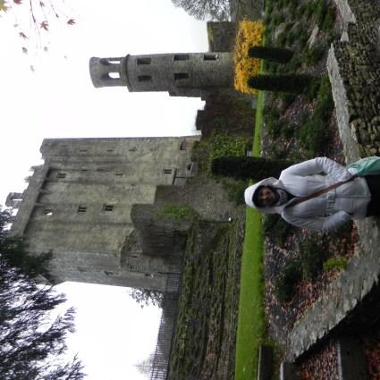 Beijo em uma pedra, o dom da eloquência e muita chuva em um castelo medieval irlandês