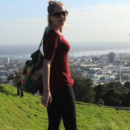 Subindo até o topo do Mount Eden, o vulcão mais alto de Auckland