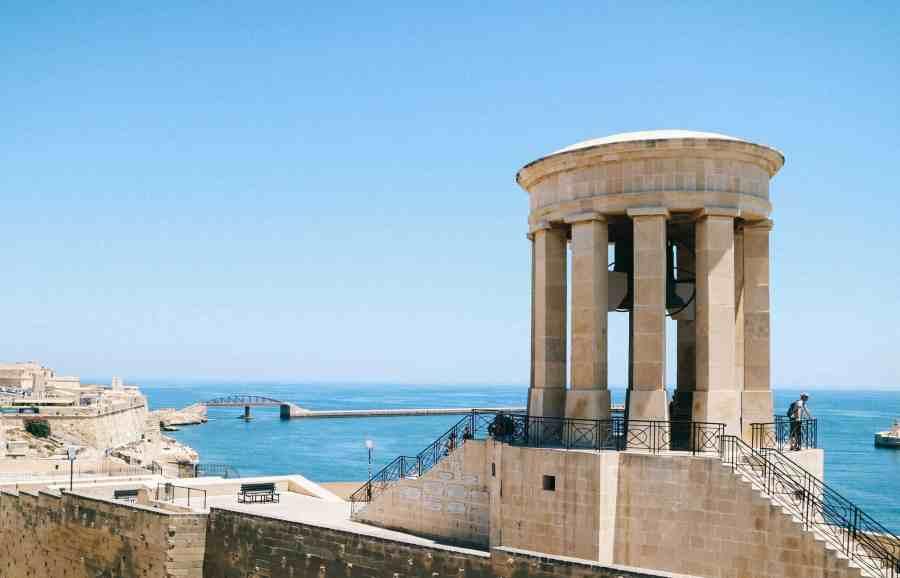 Bell War Memorial, Malta