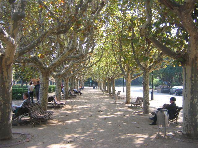 Barcelona_Parc de la Ciutadella_Viajando bem e barato pela Europa