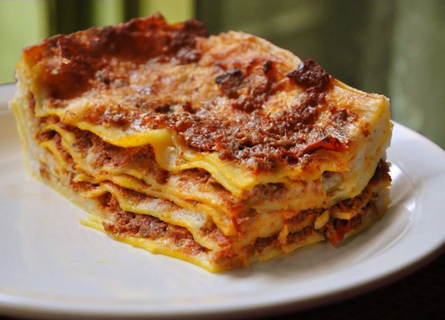Gastronomia italiana_Lasagna_Viajando bem e barato