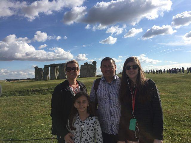 viagem-para-a-europa-em-familia_stonehege_viajando-bem-e-barato