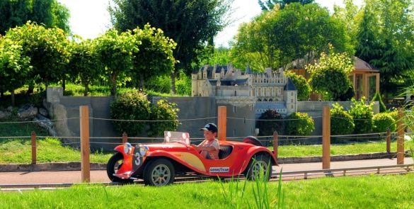 Mini-Chateaux-Credit-photo-Parc-Mini-Chateaux