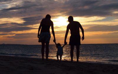 Las playas de la isla de Okinawa con bebé