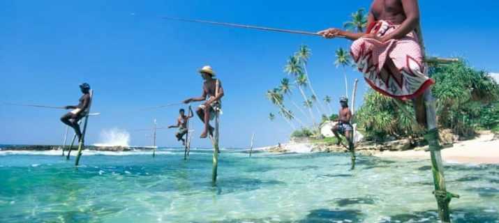 Volunteer_sri_Lanka_fishermen-e1491664449275