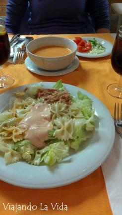 Gazpacho y ensalada de pasta