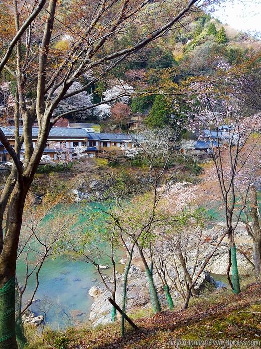 caminho para arashiyama_torokko
