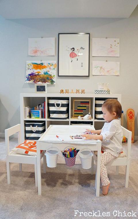 mesinha desenhar criancas quarto