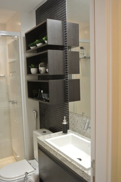 pastilhas pretas nichos pretos banheiro