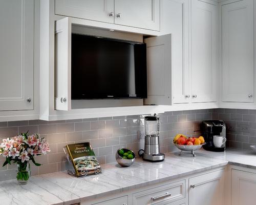 tv escondida armario cozinha