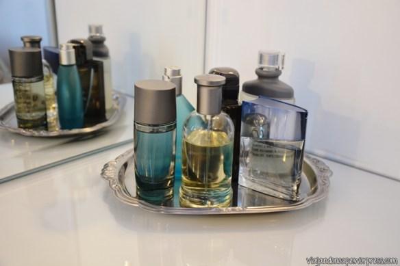 bandeja_organização_perfumes_penteadeira