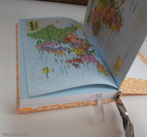 encapando livro com tecido e papel decorado impresso 6