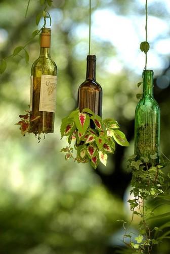 Vasos suspensos-de-garrafas-de-vinho-