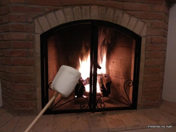 lareira e marshmallow