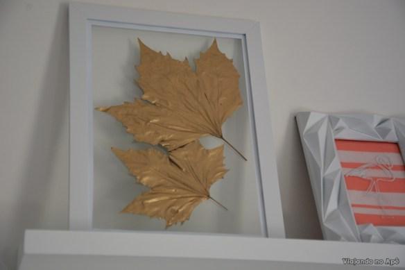quadro folhas flutuantes