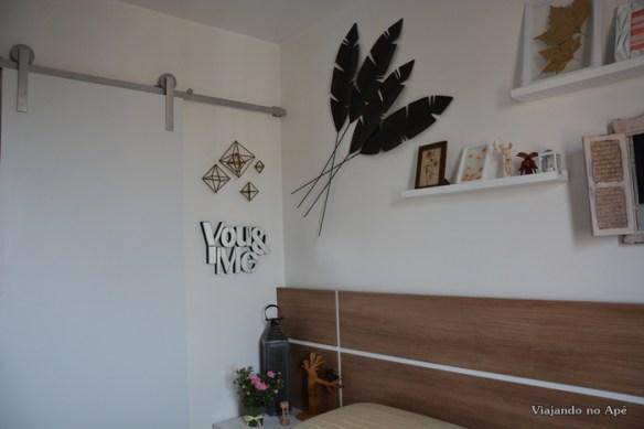 decoracao de parede you and me quarto de casal