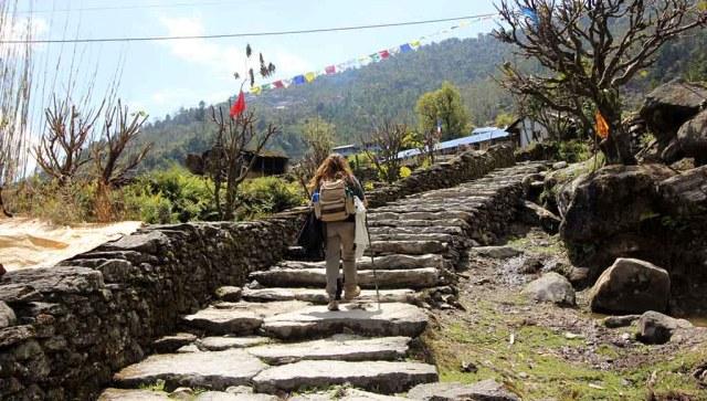 trekking al Campamento Base del Annapurna - chhomrong