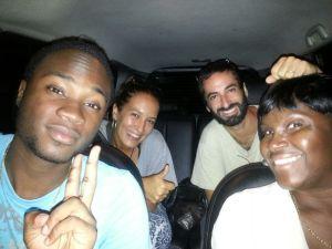 Familia Linden a dedo por las Guayanas Surinam