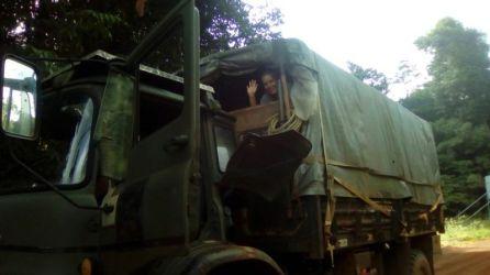 Carol y Camión a dedo por las Guayanas