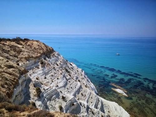 La Escalera de los Turcos en la isla de Sicilia