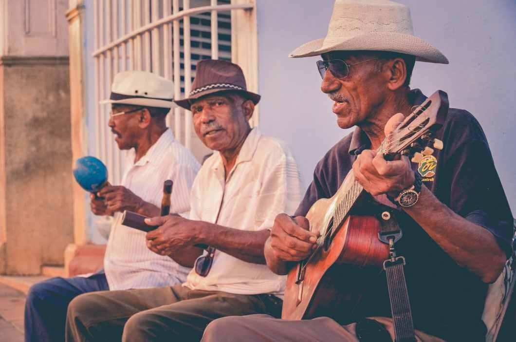música en las calles de cuba
