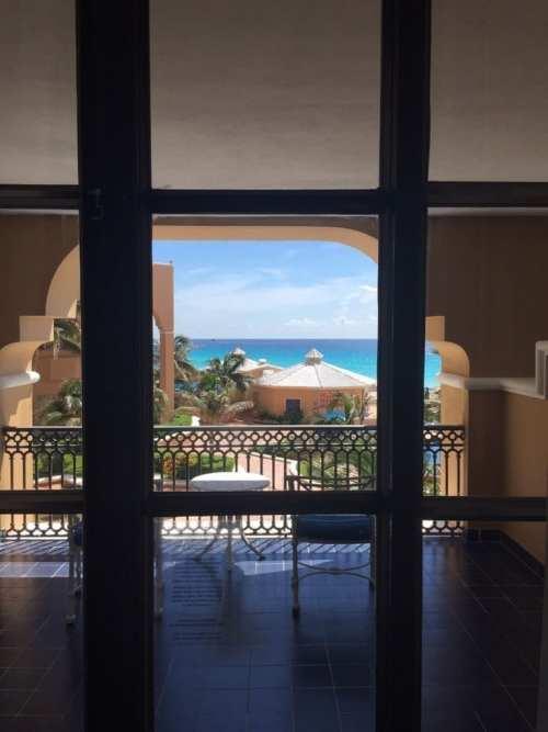 Habitación con vistas al mar en el Ritz-Carlton de Cancún