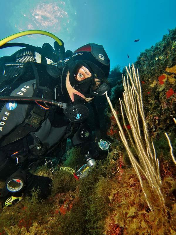 modelo fotografia submarina composición