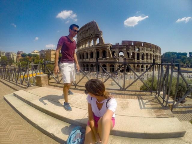 Foto en el coliseo Romano en Roma Italia