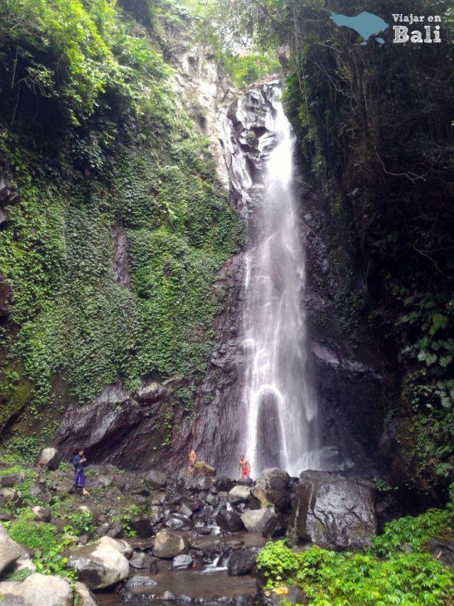 Cascada Des Les Bali