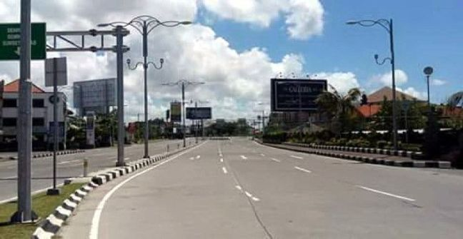 calles dia del silencio Bali