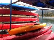 Alquiler de kayaks en el embalse