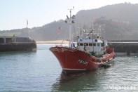 Pesquero en el puerto de Lekeitio