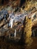 Estalacmitas, estalactitas, columnas, coladas,...en El Soplao