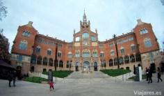 Fachada del recinto modernista del Hospital de Sant Pau