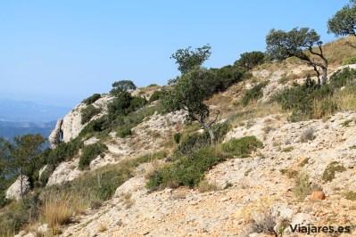 monstant-camino-roca-corbatera-paisaje-blog-viajares
