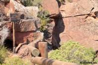 """Indicaciones para las """"escaleras del Diablo"""" talladas en la roca"""