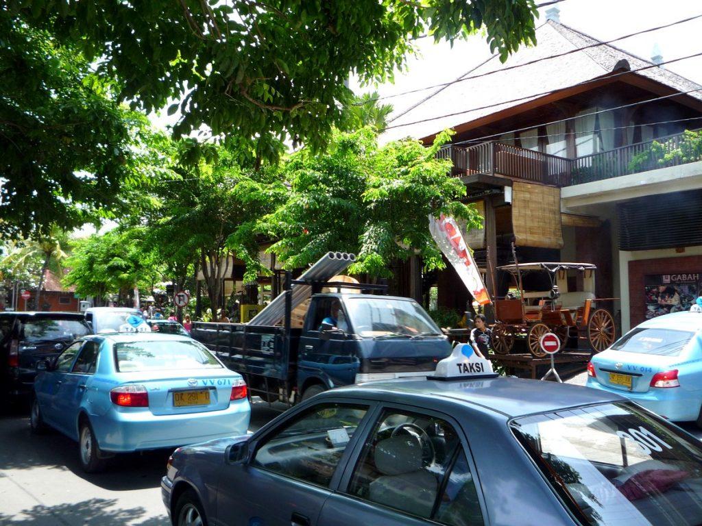 Taxis Blue Bird, los taxis más fiables al viajar por Indonesia