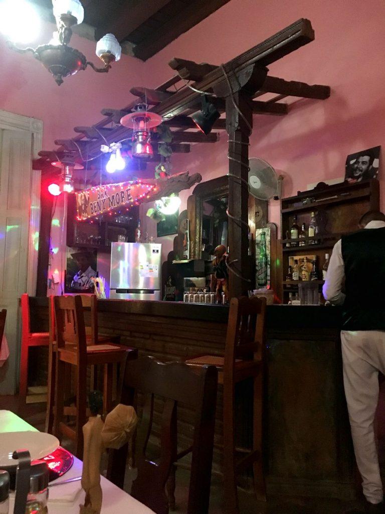 En el bar del Paladar Malibran, Trinidad