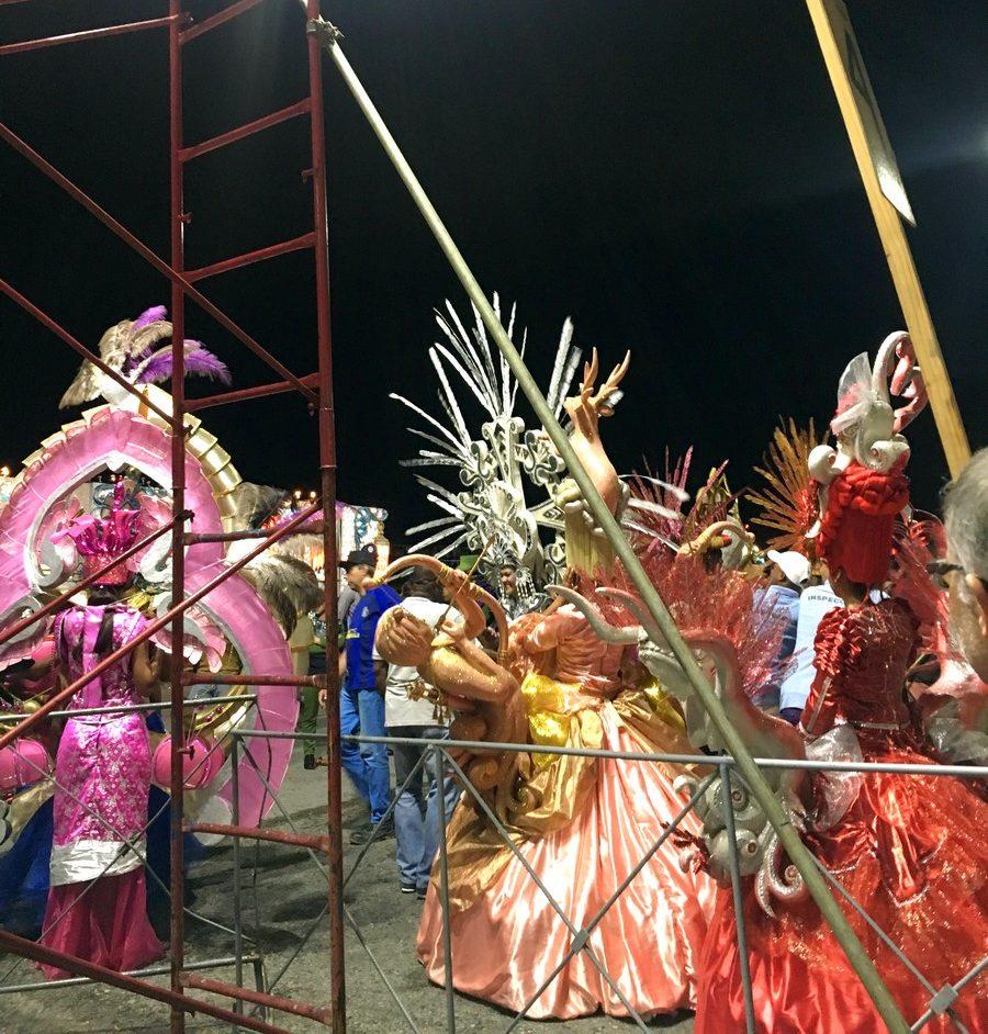 Carnavales en el Malecón de La Habana