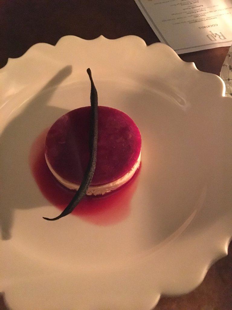 Degustando los postres de Room 4 Dessert