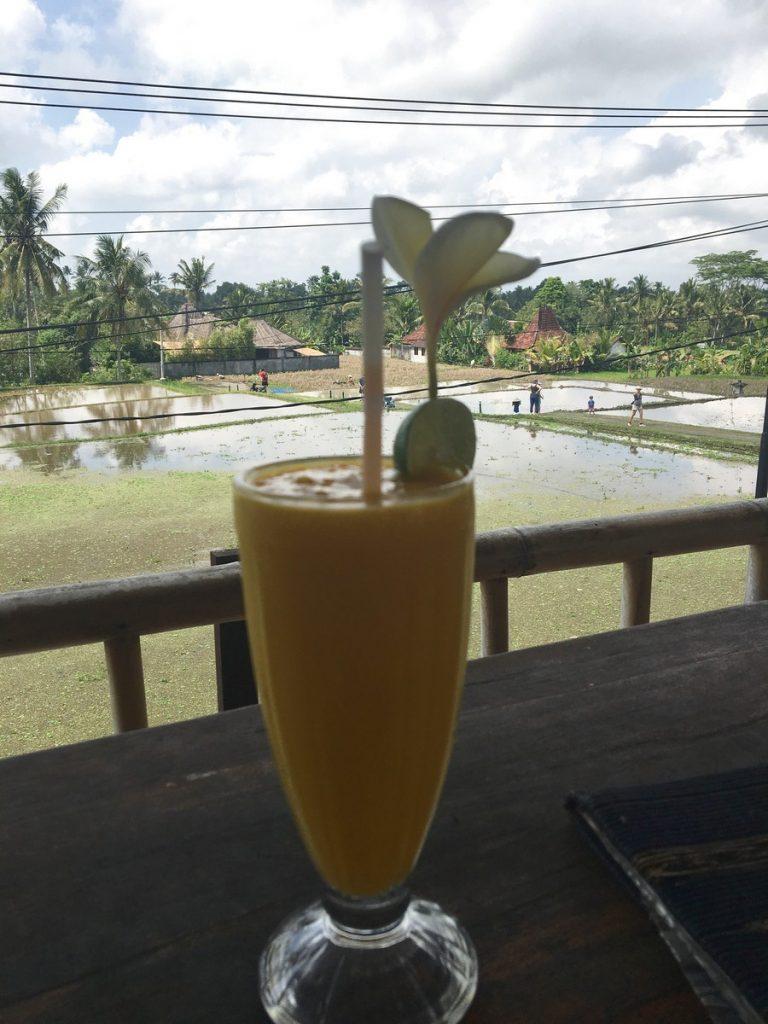 Batido de plátano en Karsa Cafe