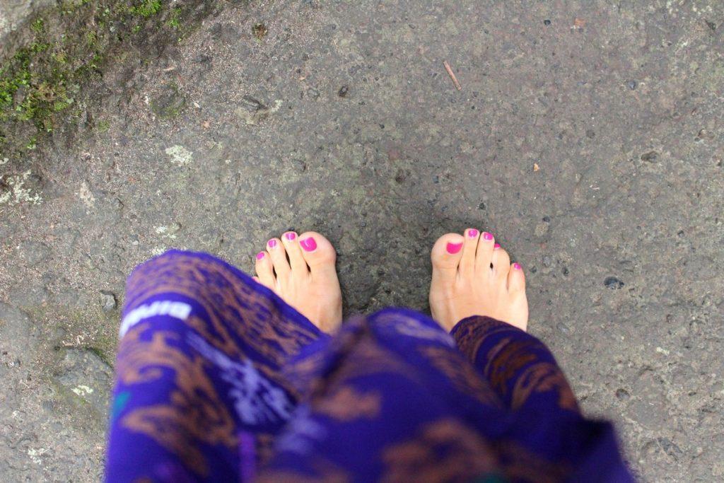 Viaje a Bali por zonas: Entrando descalzos a ciertas zonas del templo